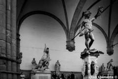 89_Firenze_067_Piazza-della-Signoria-Loggia-dei-Lanzi-Benvenuto-Cellini